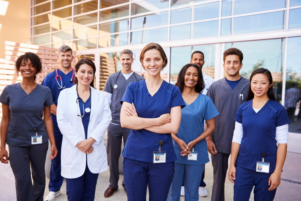 3 Reasons You Should Register for Online Patient Care Technician Today
