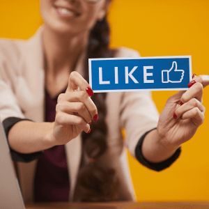 Reasons Why Become Social Media Marketing Specialist